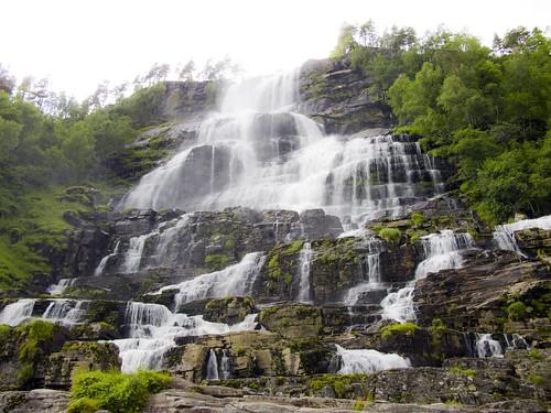 152 Cascadas de Tvindefossen