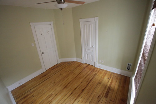 large middle bedroom