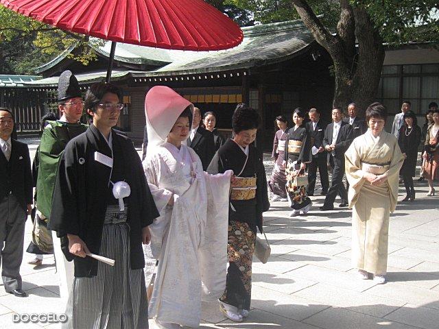shinto wedding in meiji temple tokyo