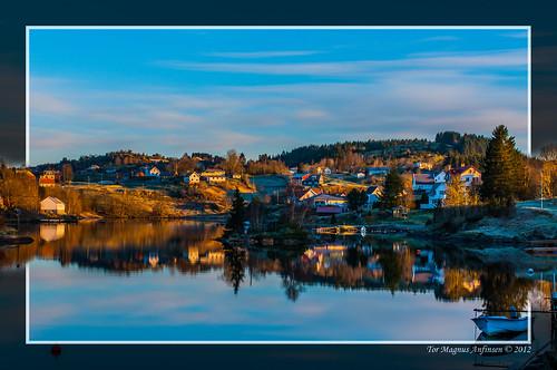 Eikangervåg på Lindås by Tor Magnus Anfinsen
