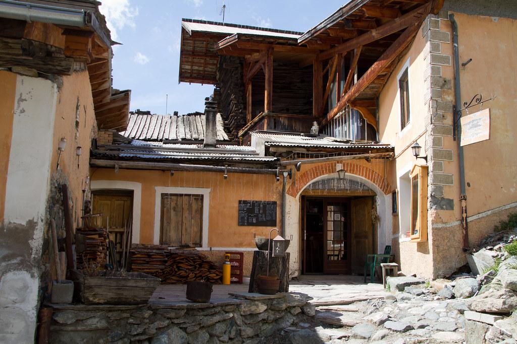 Saint-Ve?ran  20120507-IMG_8133