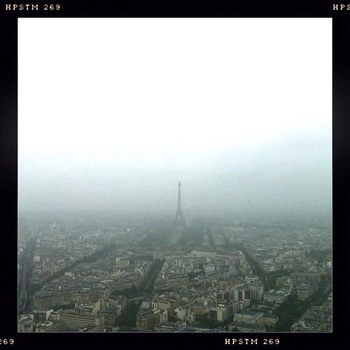 Paris et ses nuages vue de haute