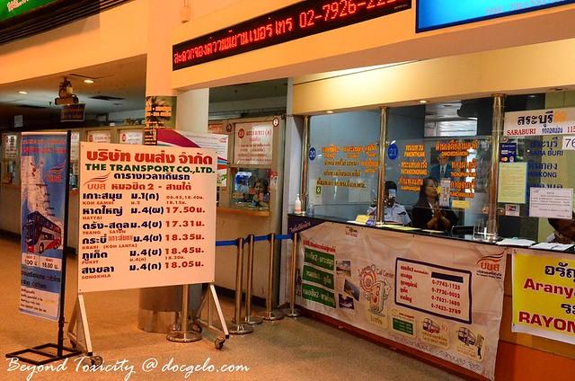 bus station counter bangkok-hat yai