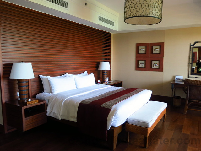 Shangri-La's Boracay Resort & Spa- seaview suite