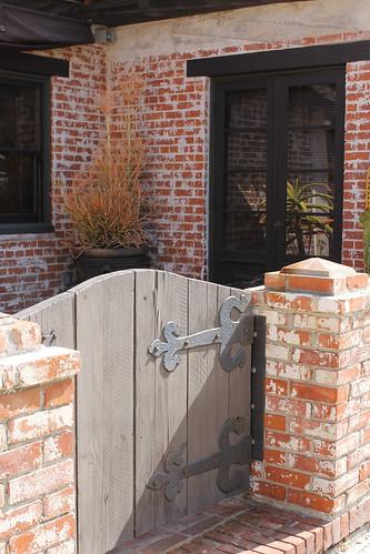 40 S. Ash gate