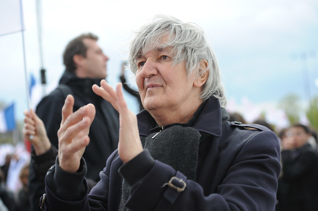 Jacques Higelin applaudit François Hollande à Vincennes