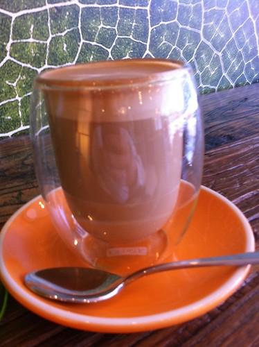 floating latte - green's olive cafe, ultimo