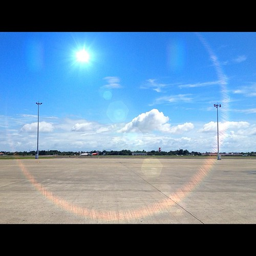 Good morning! Flying back to Manila this morning. #iphone4s #awesomeshots #lensflare #sunshine #airport  #mornings #igersasia #igersworldwide #instago #instamood #instagood #philippines #picoftheday #photographyeveryday #photooftheday