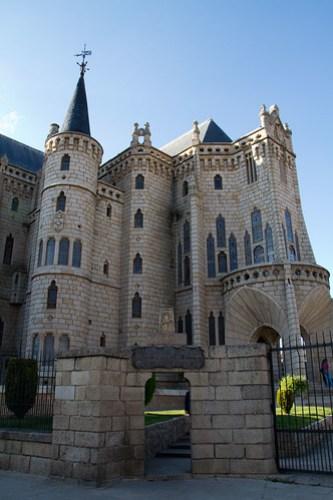 Palacio Episcopal de Astorga 20120516-IMG_1734