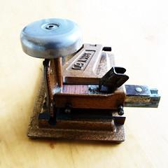 stapler-stitcher-tacker