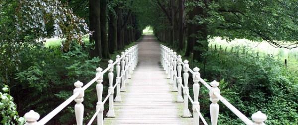 Bridge to Kasteel Schaloen & Kasteel Genhoes, Valkenburg/NL