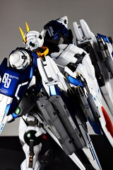 Custom Painted PG 00 Raiser Featured Kit GundamPH (25)