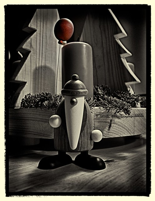 #344/365 Santa Claus with ballon