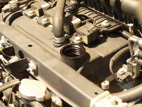 Subaru R1 Replacing Engine Oil and Oil Filter