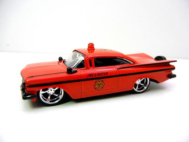 jada toys badge city heat '59 chevy impala fire department (2)