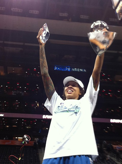 Seimone Augustus Hoists Her 2011 WNBA Championship and WNBA Finals MVP Trophies
