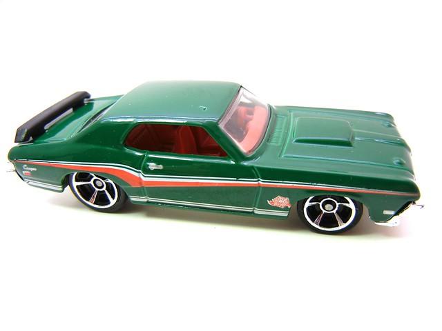 hot wheels 2011 christmas 5 pack (7)