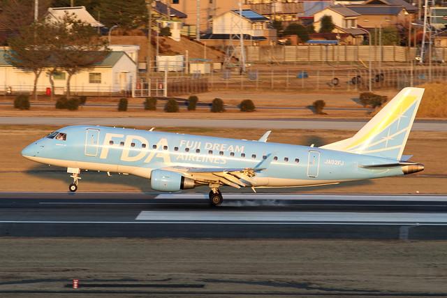 FDA Embraer ERJ-170STD(JA02FJ)