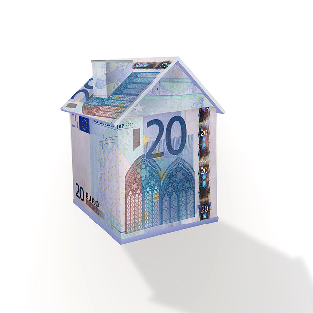 Pastikan kondisi keuangan cukup untuk membeli rumah