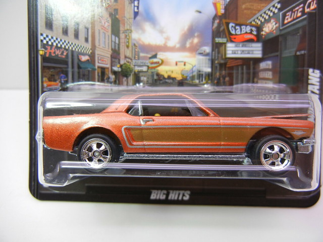 hot wheels boulevard '65 ford mustang (2)