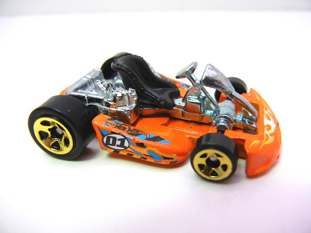 hot wheels go kart orange (1)