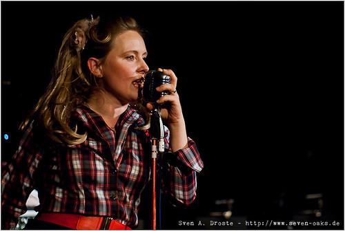 Peggy Sugarhill / Adriano Batolba Orchestra