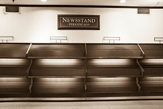 Barnes and Noble Closing: Newsstand