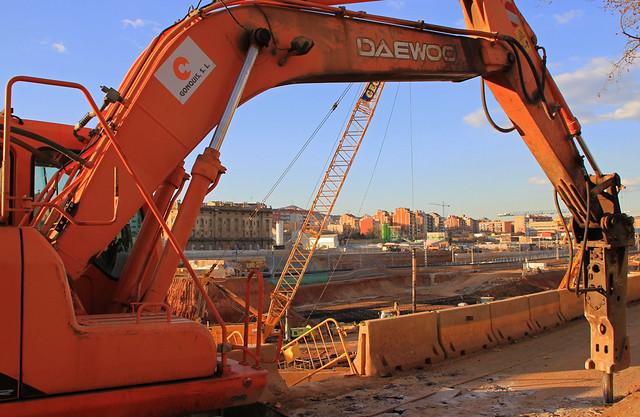 Pont Calatrava - Maquinaria trabajando - 07-02-12