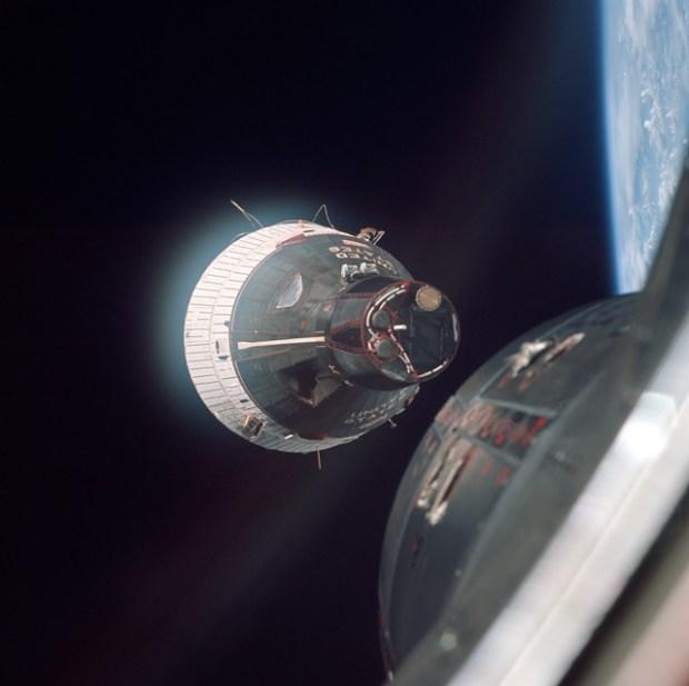 gemini-capsule-nose-docking1-gemini-6