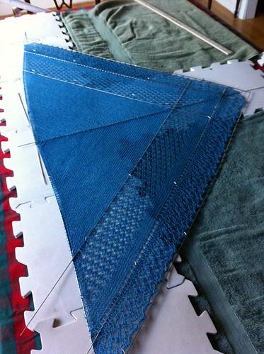 Blocking a shawl