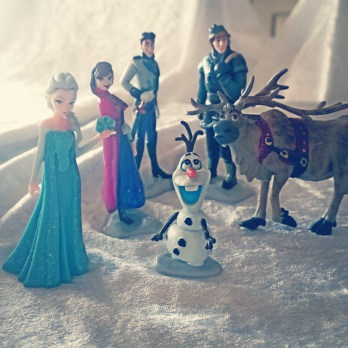 Frozen Crew, Ready To Party!