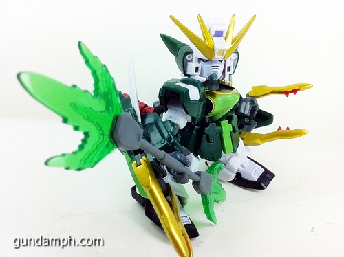 SD Gundam Online Capsule Fighter ALTRON Toy Figure Unboxing Review (28)