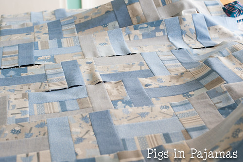 Baby quilt assembly