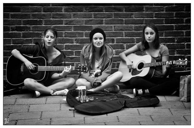 Street musicians, Sweden por Luis Barreto