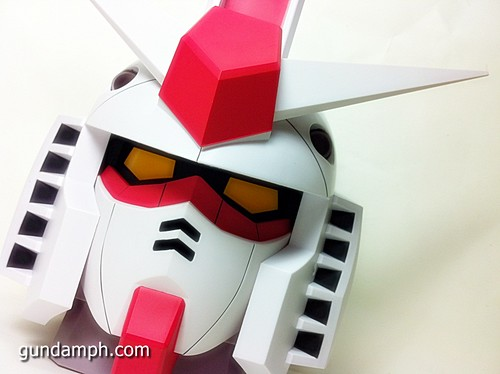 BIG RX-78-2 Gundam Head Coin Bank 30th Anniversary Edition 7-11 (35)