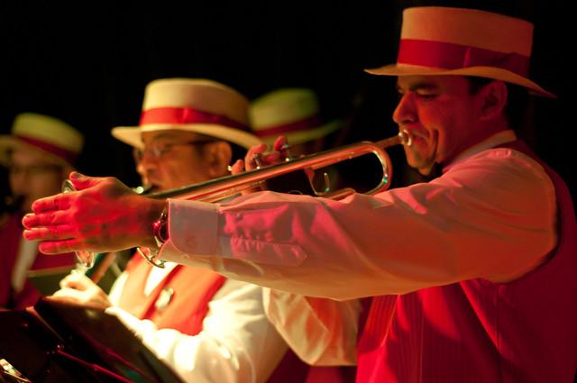 Dixie Music in Medellin