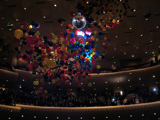Balloon drop at midnight