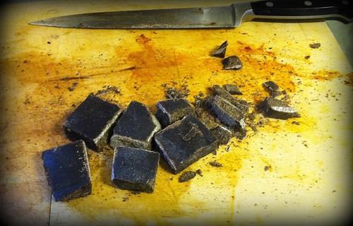 Mole chopping chocolate