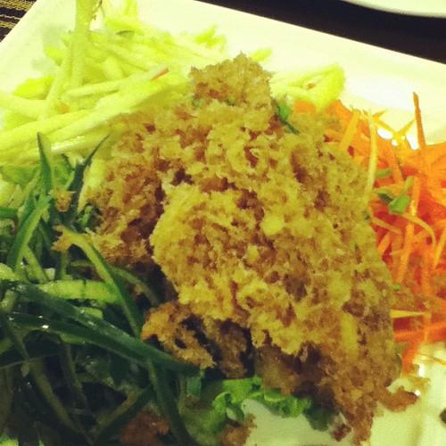 Crispy hito salad