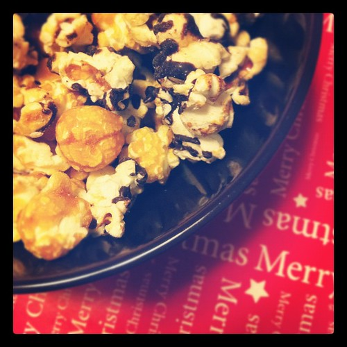 caramel and chocolate chip kettlecorn - great combo!