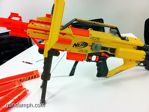 NERF Sale 50% Off Stampede Raider Recon Unboxing Review (37)