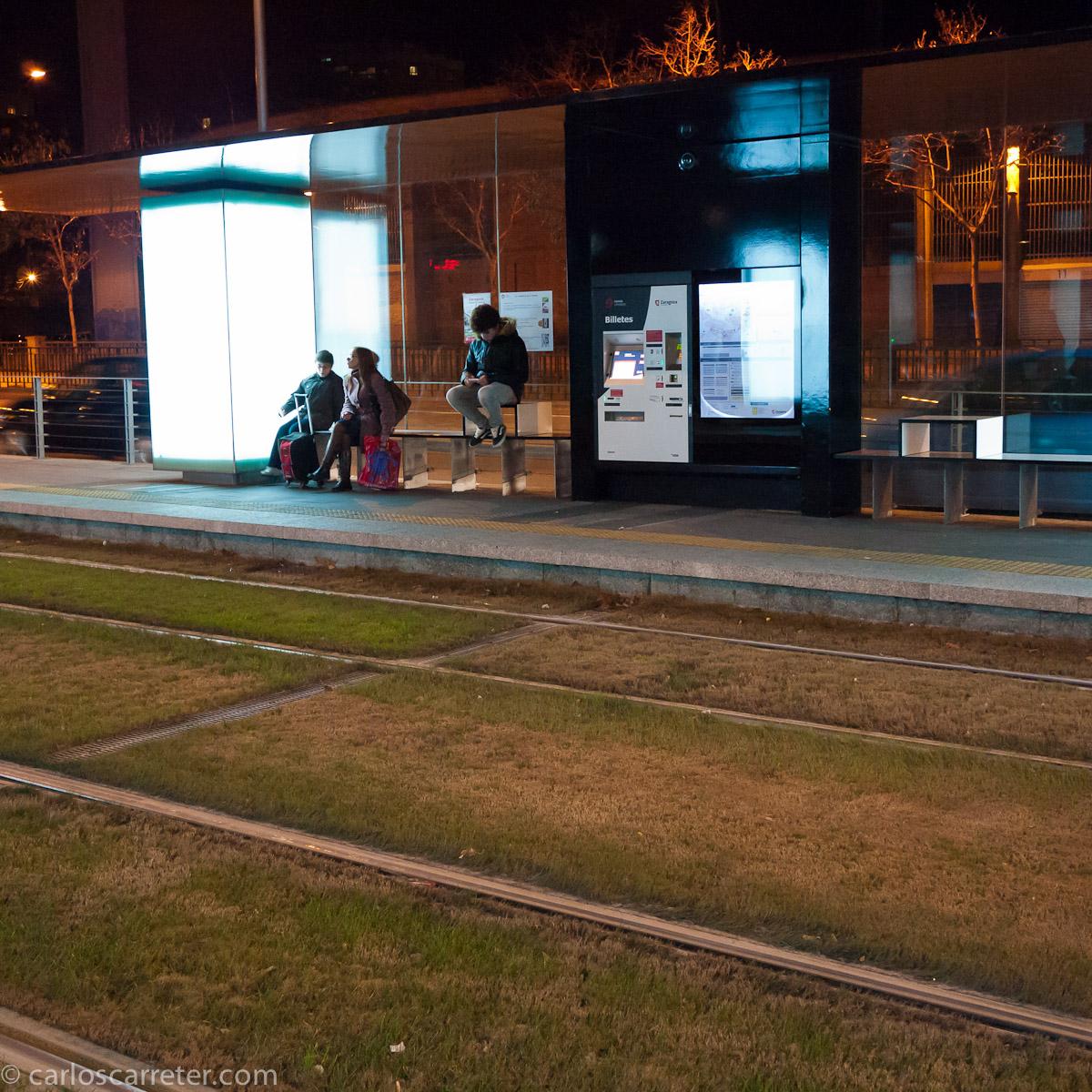 Esperando al tranvía