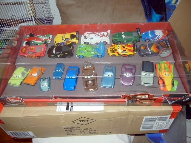 2011 disney store cars 2 20 car set  (1)