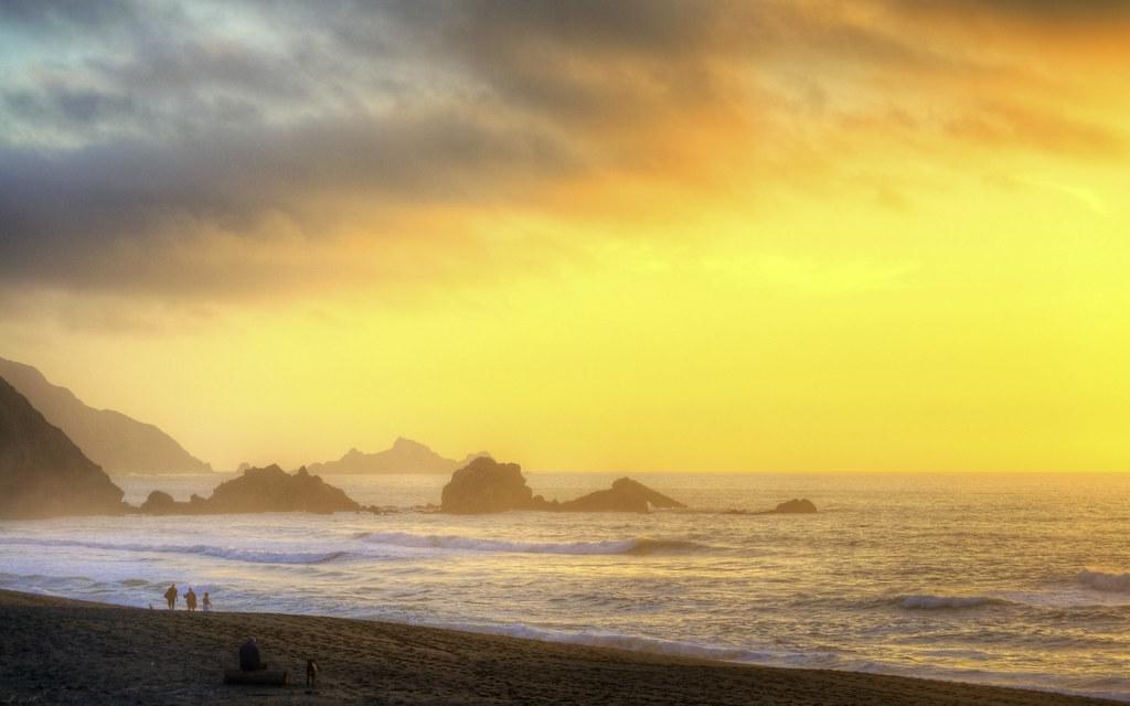 Waves and Rocks Dwarf Man