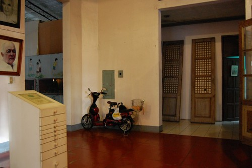 Scooter in the Negros Museum