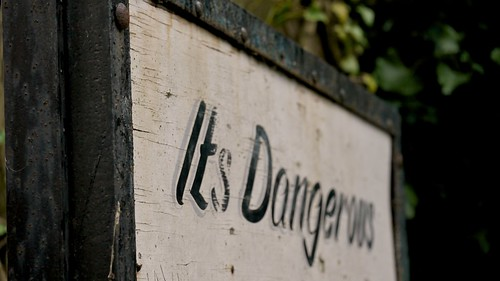 Project 366 - #1 It's dangerous... by martynjbull