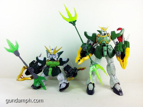 SD Gundam Online Capsule Fighter ALTRON Toy Figure Unboxing Review (37)