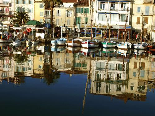 Sanary sur mer, un monde d'illusion by dubus regis