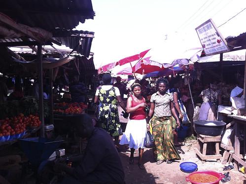 Dutsen Market by Jujufilms