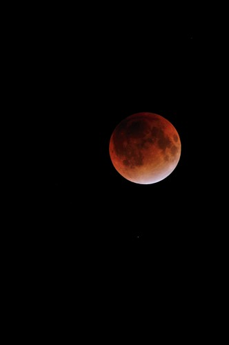 Red Moon on December 10, 2011 at 11:14pm by hidesax